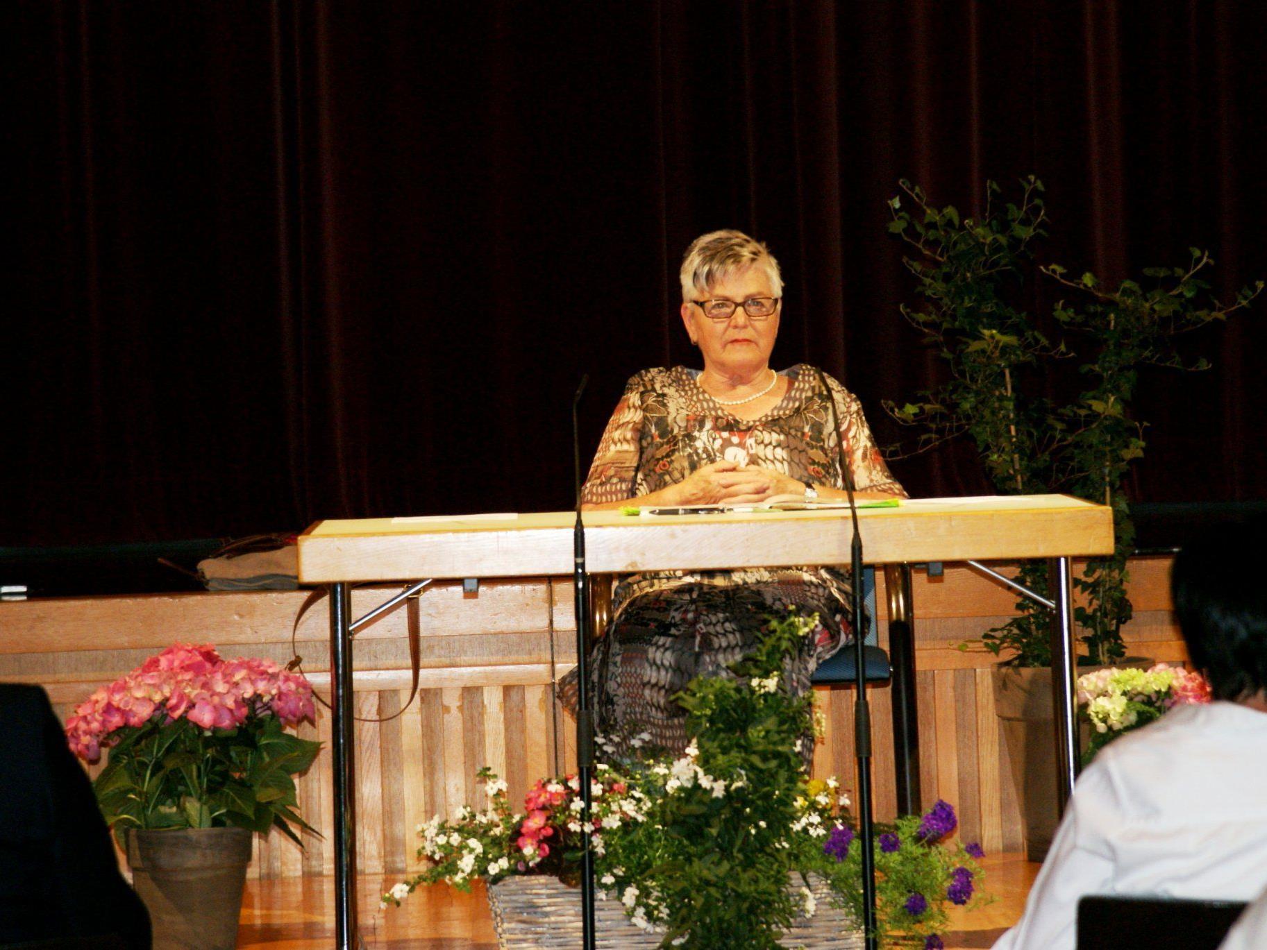Helga Schwärzler liest aus ihrem Gedichtband