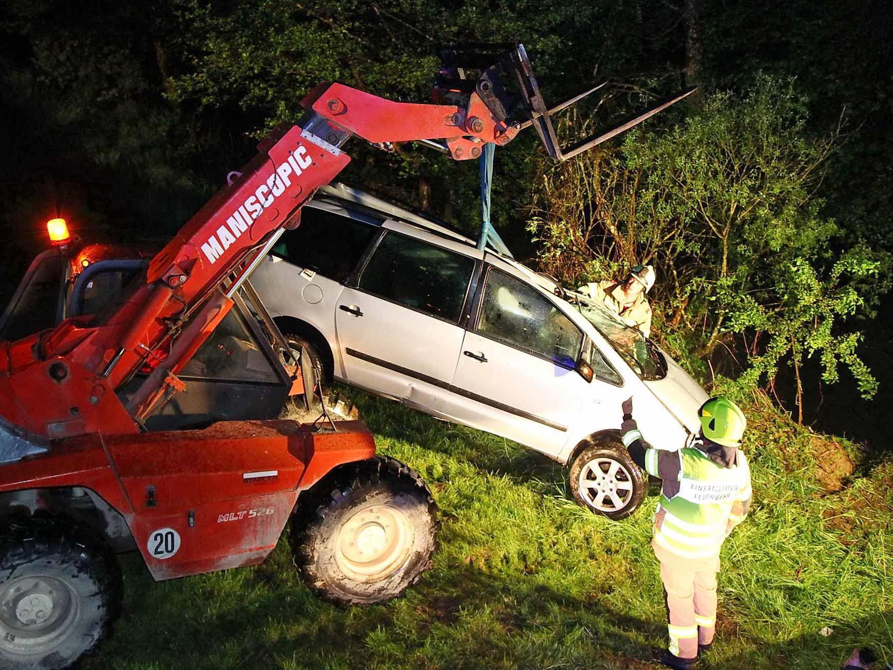 Mehr Unfälle, weniger Verkehrstote: Die Verkehrsbilanz des Pfingstwochendes 2012.