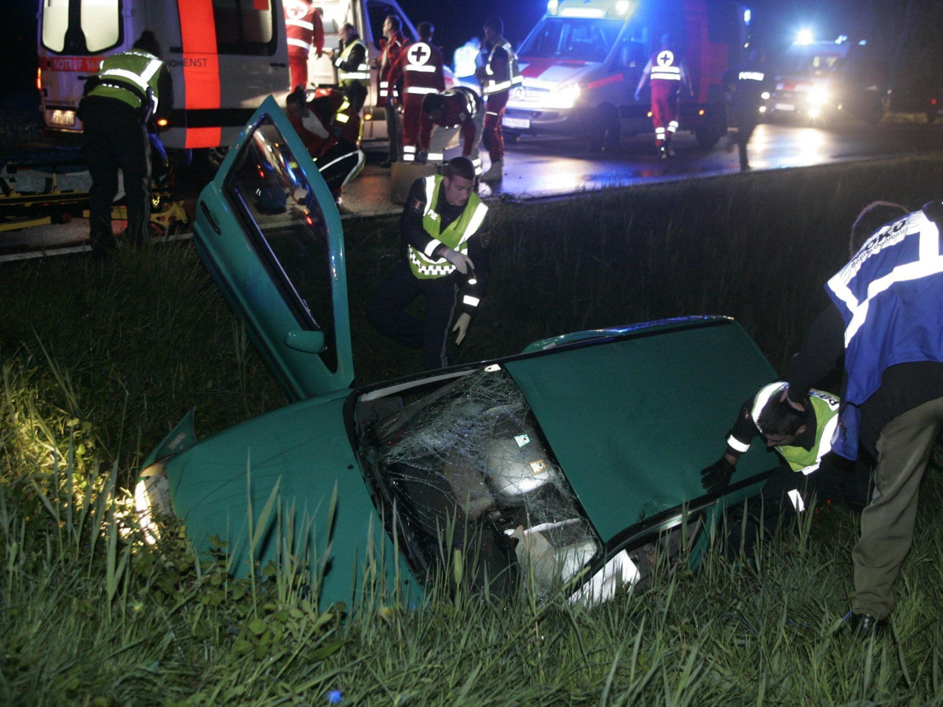 Ein schwerer Unfall ereignete sich in der Nacht auf Sonntag in Dornbirn.