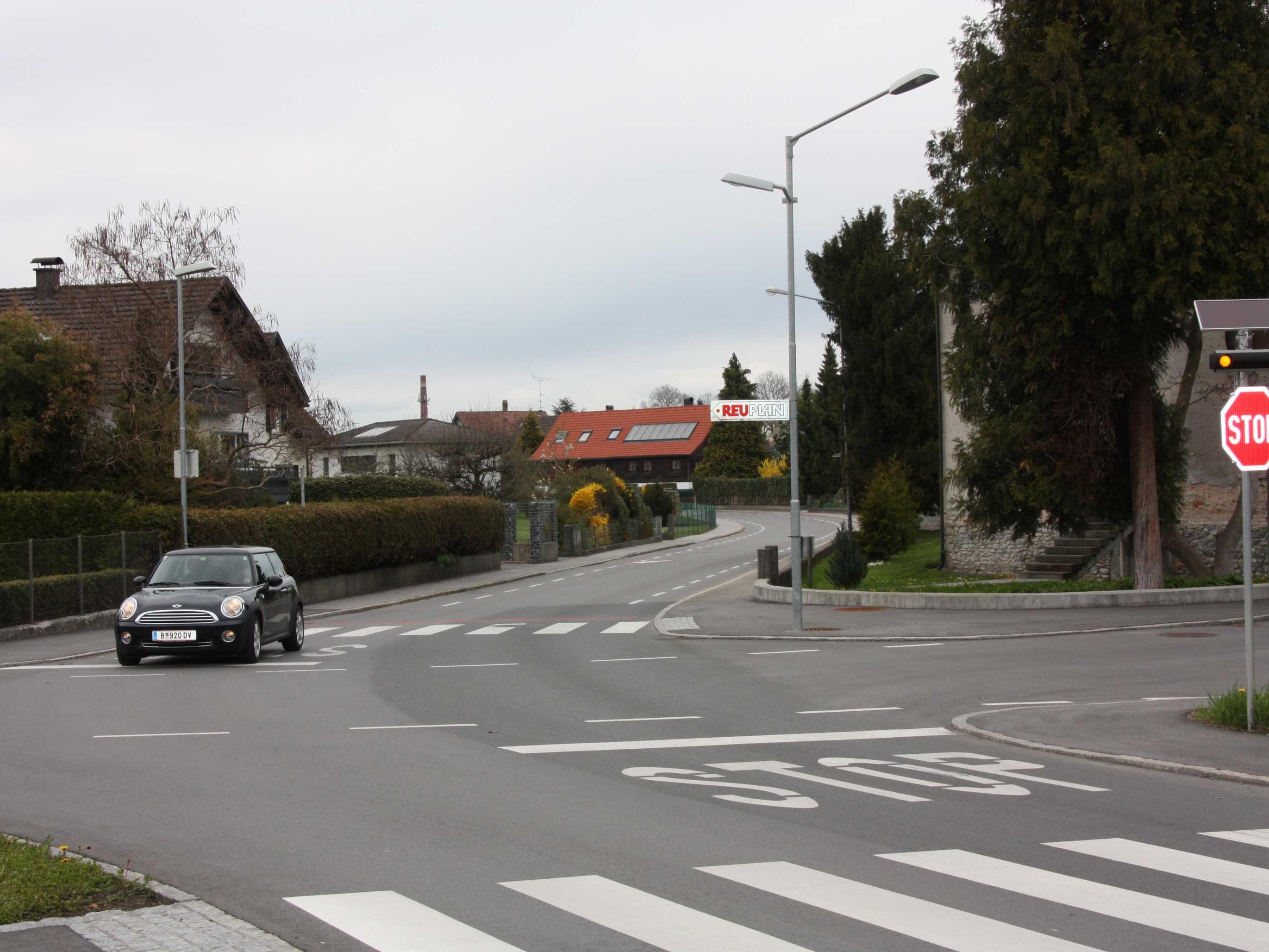 Für den neuen Fahrradweg nach Bregenz wurde auch bei Franks Limonadenfabrik in der Wallstraße die Vorrangregelung geändert.