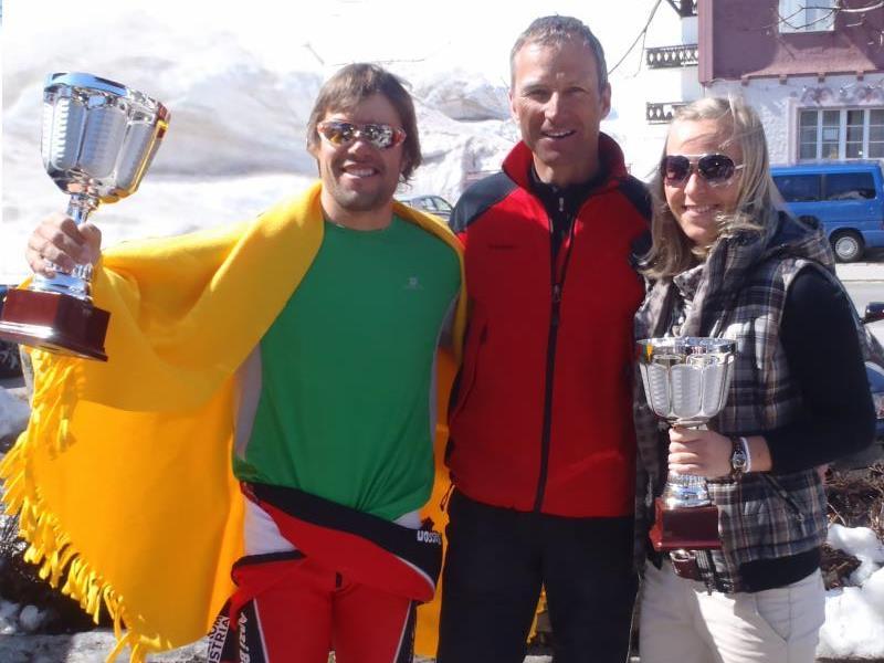 SC-Obmann Hubert Strolz mit Silvia Brenner und Christian Fritz.