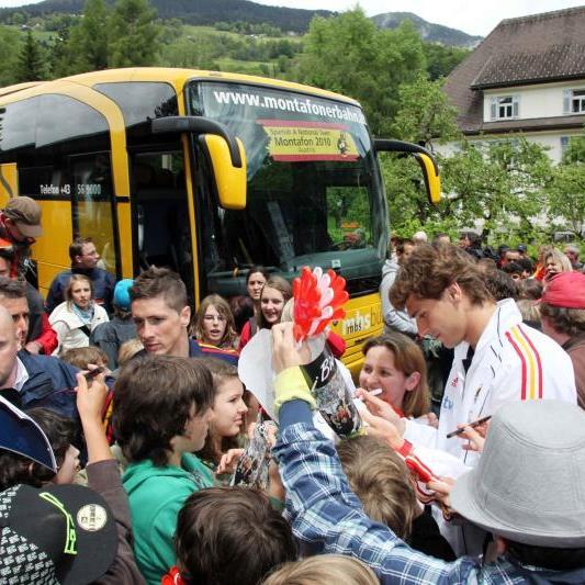 Welt- und Europameister kommt erst am Dienstagabend nach Österreich