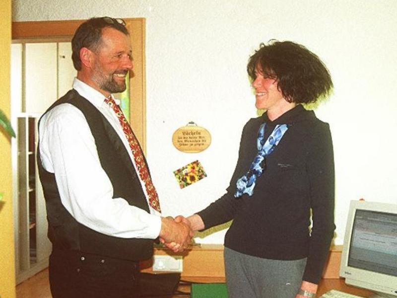VN-Archivbild von 2000: Bürgermeister Gebhard Fritz und seine Stellvertreterin Isolde Strolz – damals noch Isolde Huber.