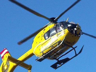 Verunglückter wurde mit Rettungshubschrauber ins LKH Feldkirch geflogen.