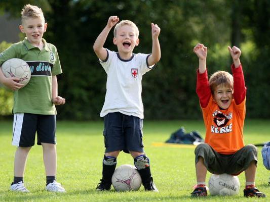 Fußballspass mit sozialem Hintergrund.
