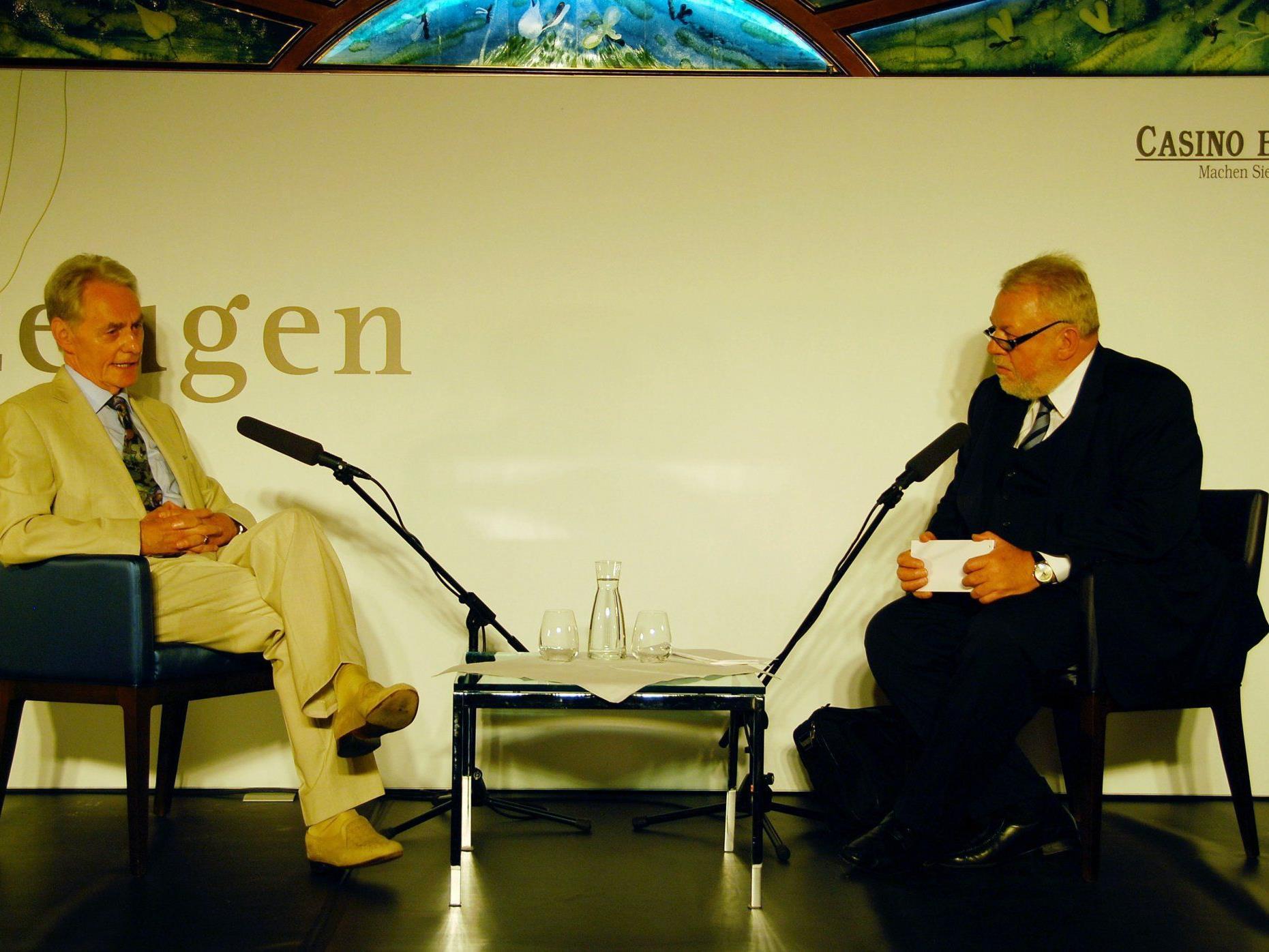 Günther Keckeis im Zeitzeugengespräch mit Elmar Oberhauser.
