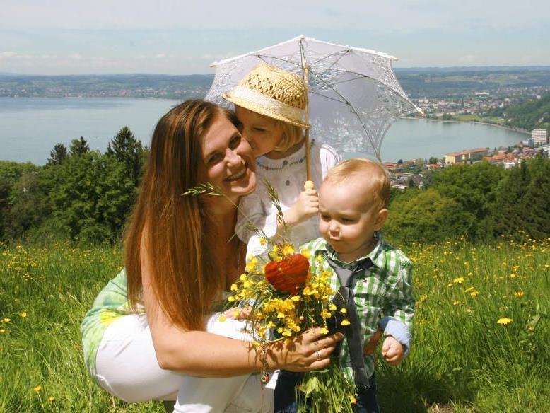 Alles Liebe Zum Muttertag! Heute Stehen Alle Mamas Im