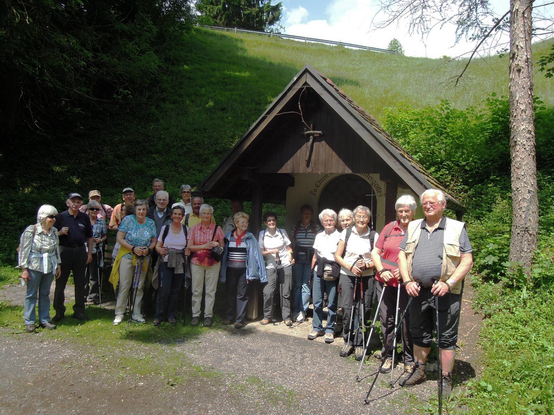 SeniorInnen auf Wanderung oder schon am Ziel angelangt?