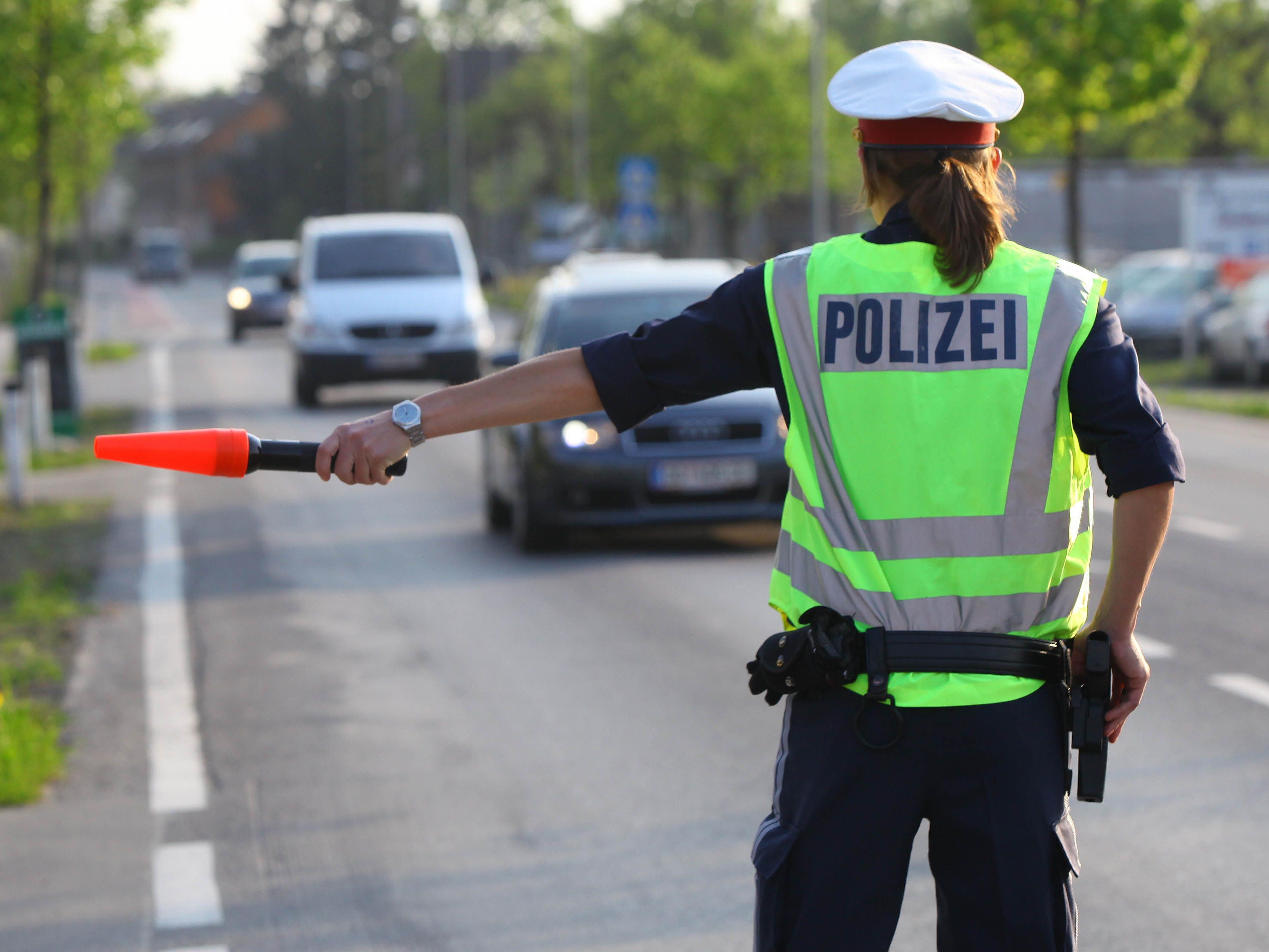 Die Verkehrspolizei zeigte am verlängerten Pfingstwochenende starke Präsenz auf den Straßen.