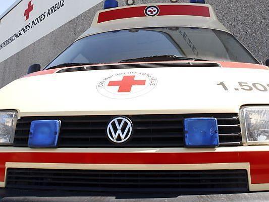 Arbeiter ins LKH Feldkirch eingeliefert.