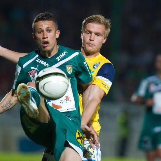 FC Lustenau gewinnt das Ortsduell sensationell mit 2:1-Toren und bleibt vermutlich zweitklassig.