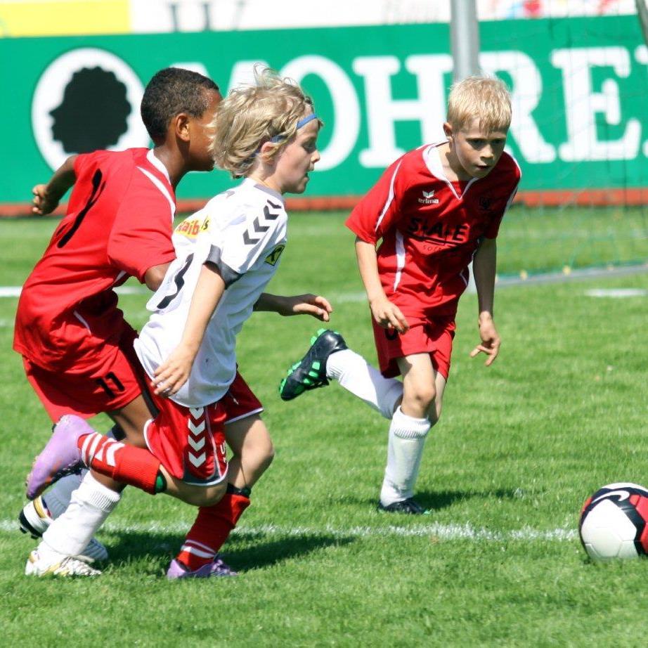 DIe Dornbirner Nachwuchsfußballer sind auf der Birkenwiese zu sehen.