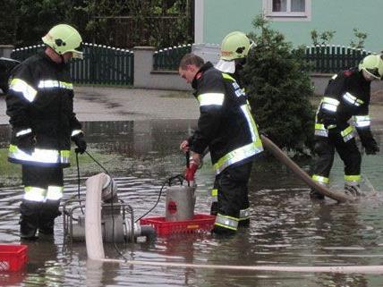 Nach dem Unwetter kam es zu starken Überschwemmungen in Grafenwörth.