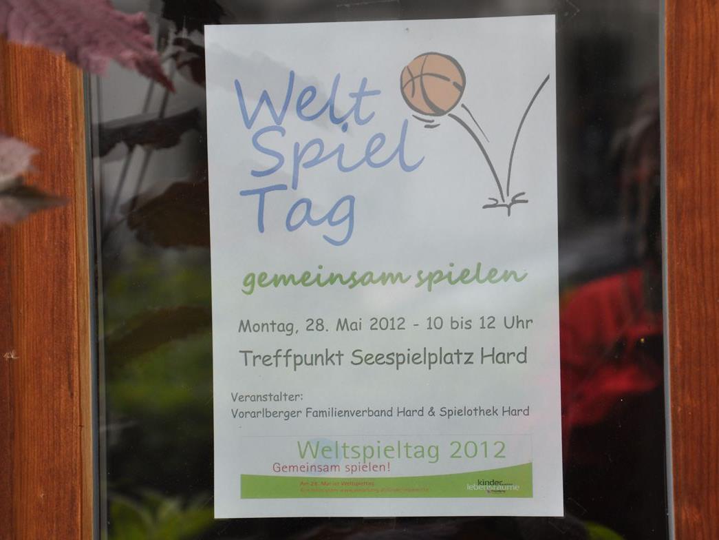 Morgen geht es am Seespielplatz rund! Der Weltspieltag 2012 spielt sich auch in Hard ab.