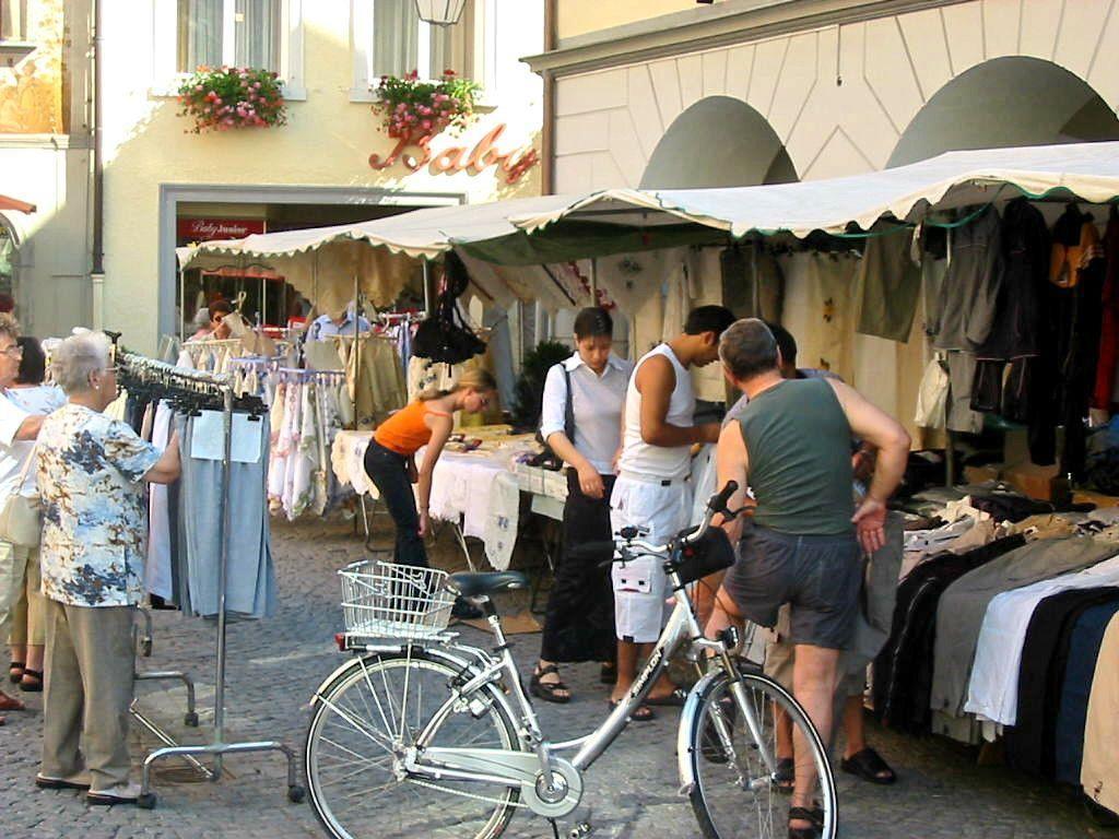 Am Montag, 25. und Dienstag, 26. Juni wird der traditionelle Johannimarkt abgehalten.