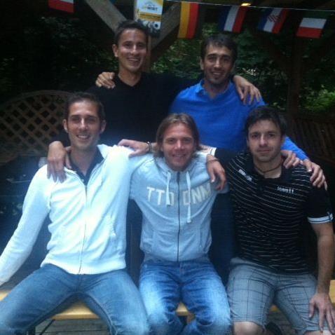 Didi Berchtold, Bernhard Erkinger, Imre Szin, Stefan Plut und Klaus Nussbaumer haben B-Lizenz bestanden.