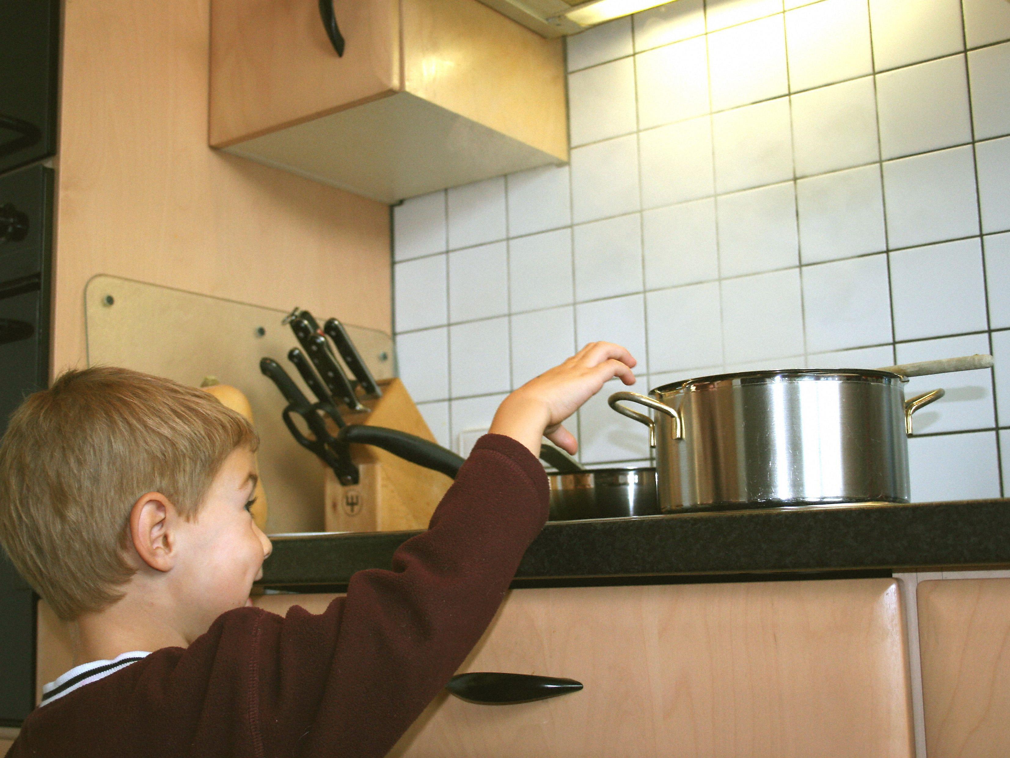 Der 4-Jährige wollte vermutlich nur experimentieren.