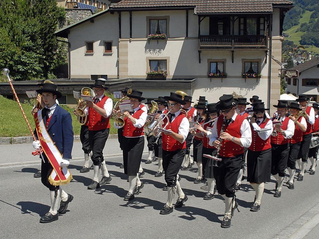 Tag der Blasmusik 2011 in Tschaguns.