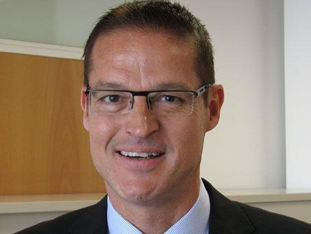 Dr. Christian Bernhard.