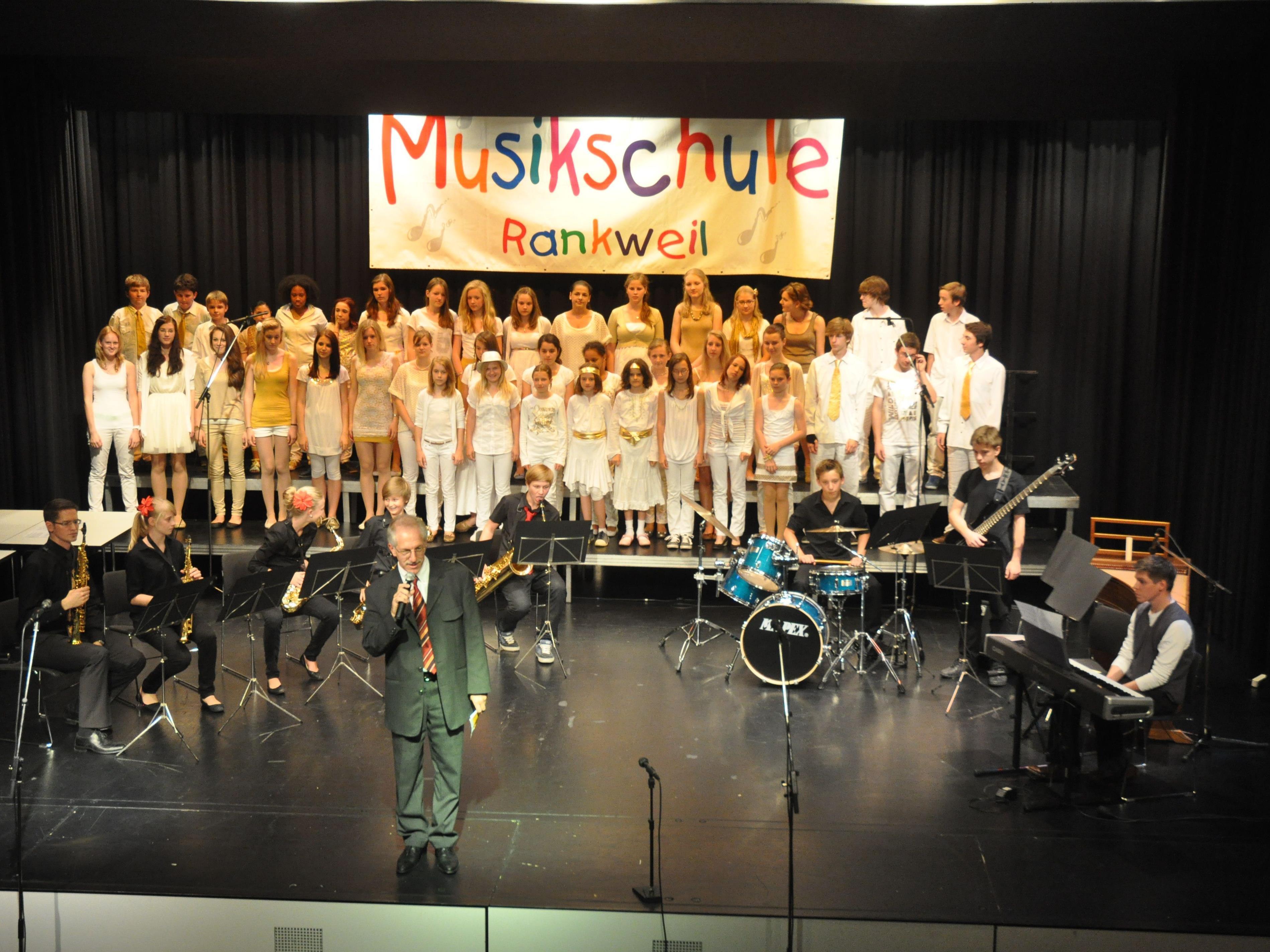 Begeisterten das zahlreiche Publikum mit einem tollen Konzert. Die Musikschle Rankweil-Vorderland.