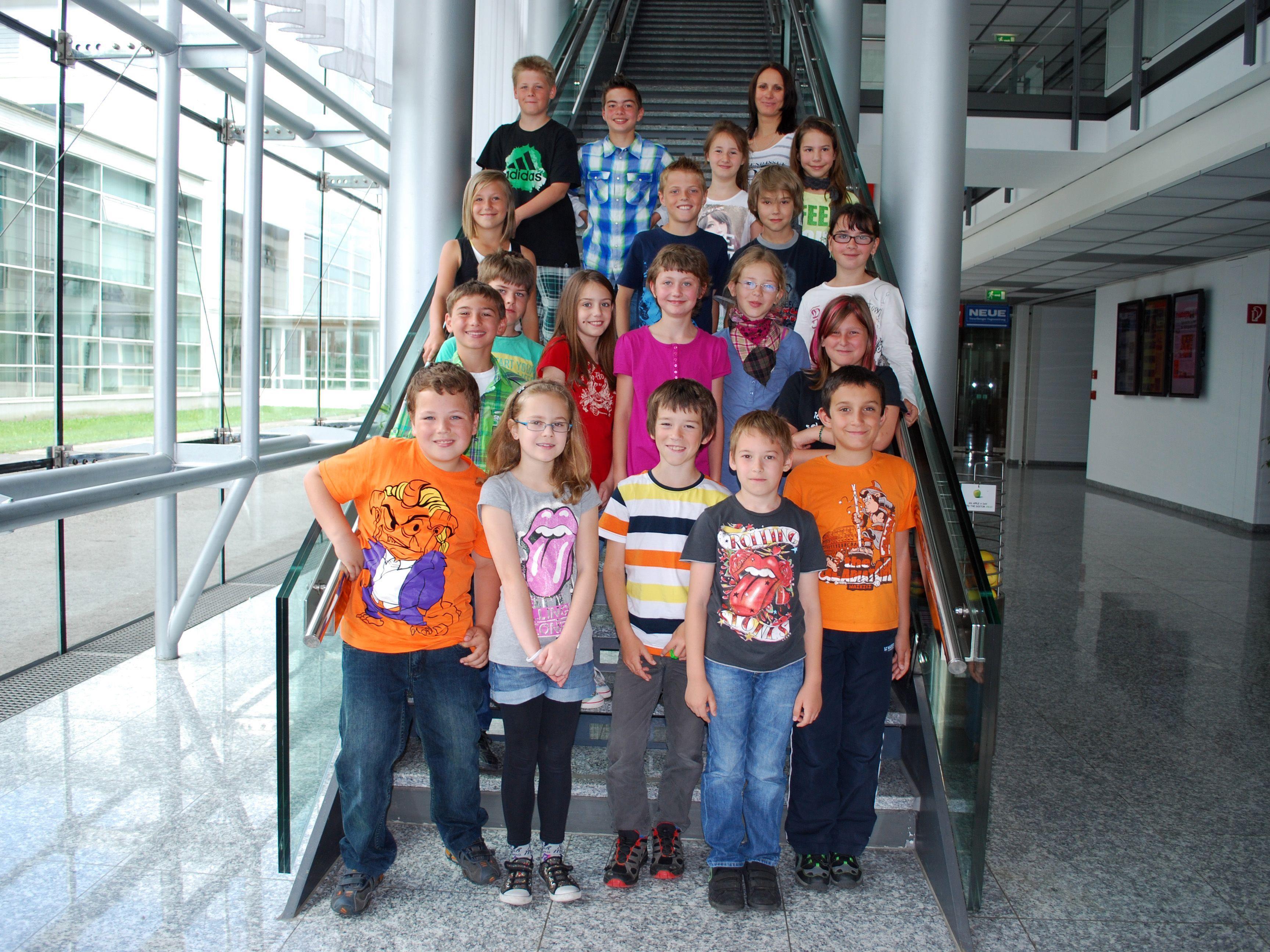 Die 4d Klasse der VS Lauterach-Dorf  bei ihrem Besuch im Medienhaus.