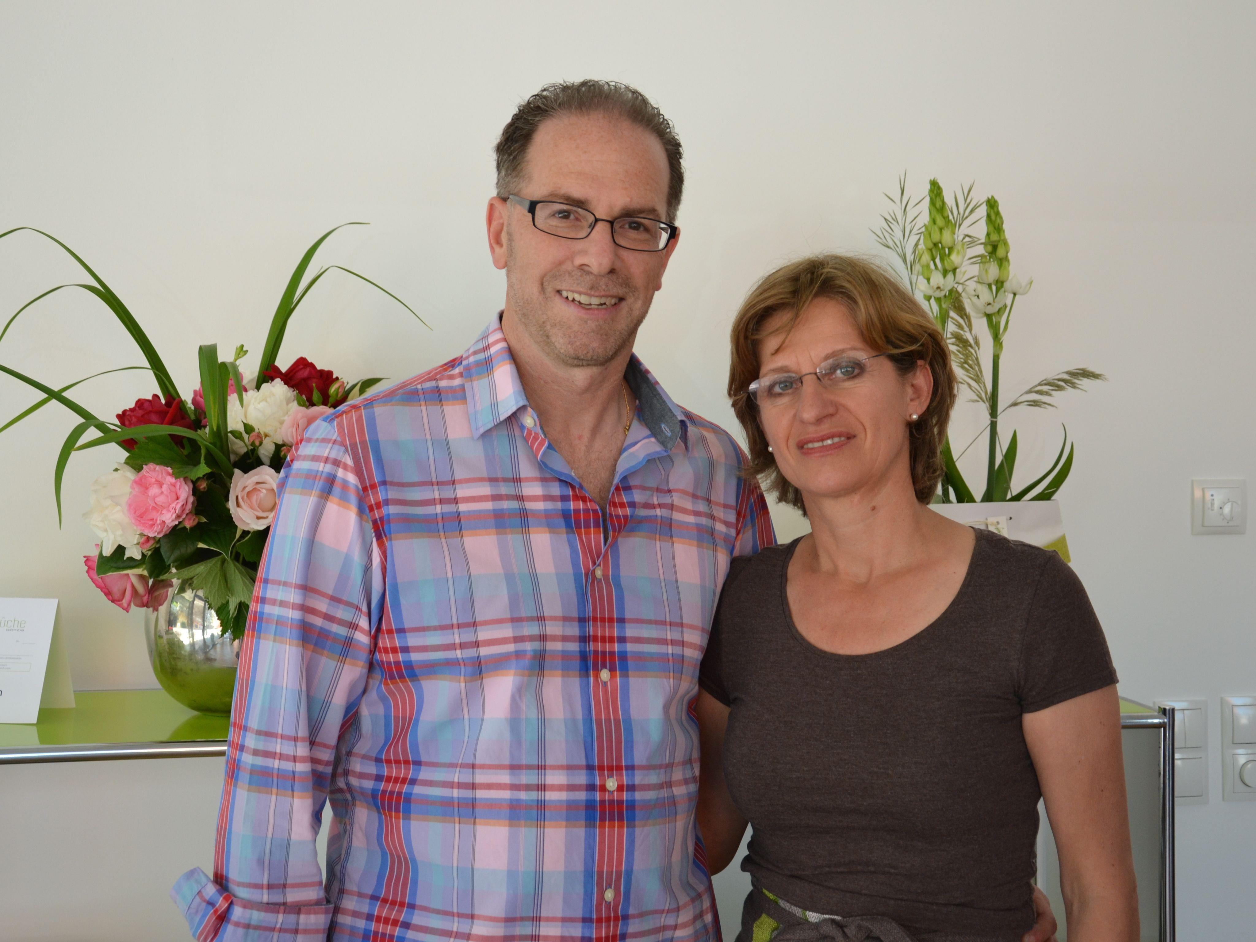 (v.r.) Andrea & Paul Milstein freuten sich am Tag der offenen Tür über zahlreiche interssierte Besucher