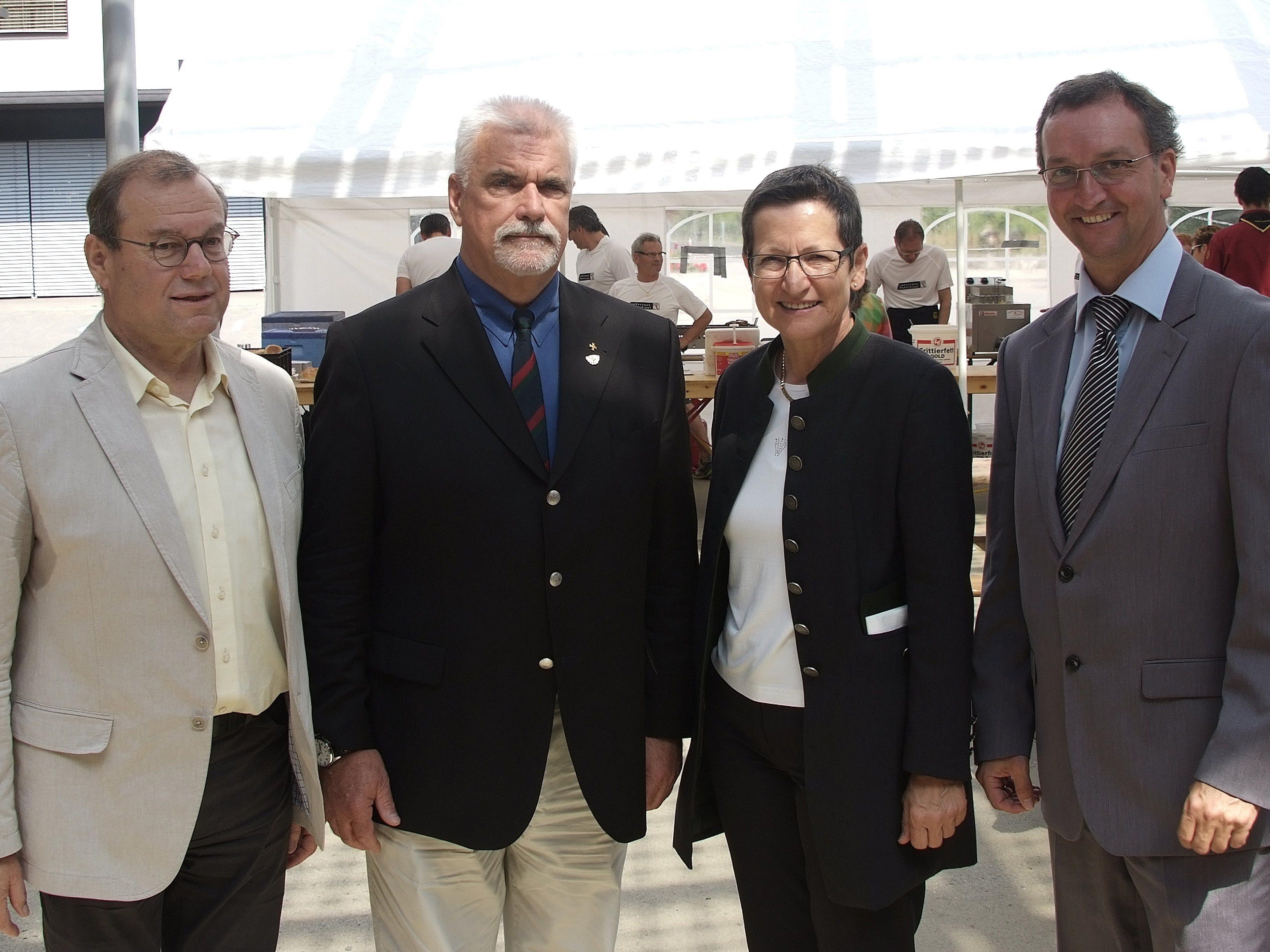 Feierten Jubiläum: v.li. Herbert Schwendinger, Hans Bösch, Greti Schmid, Dieter Lauermann.