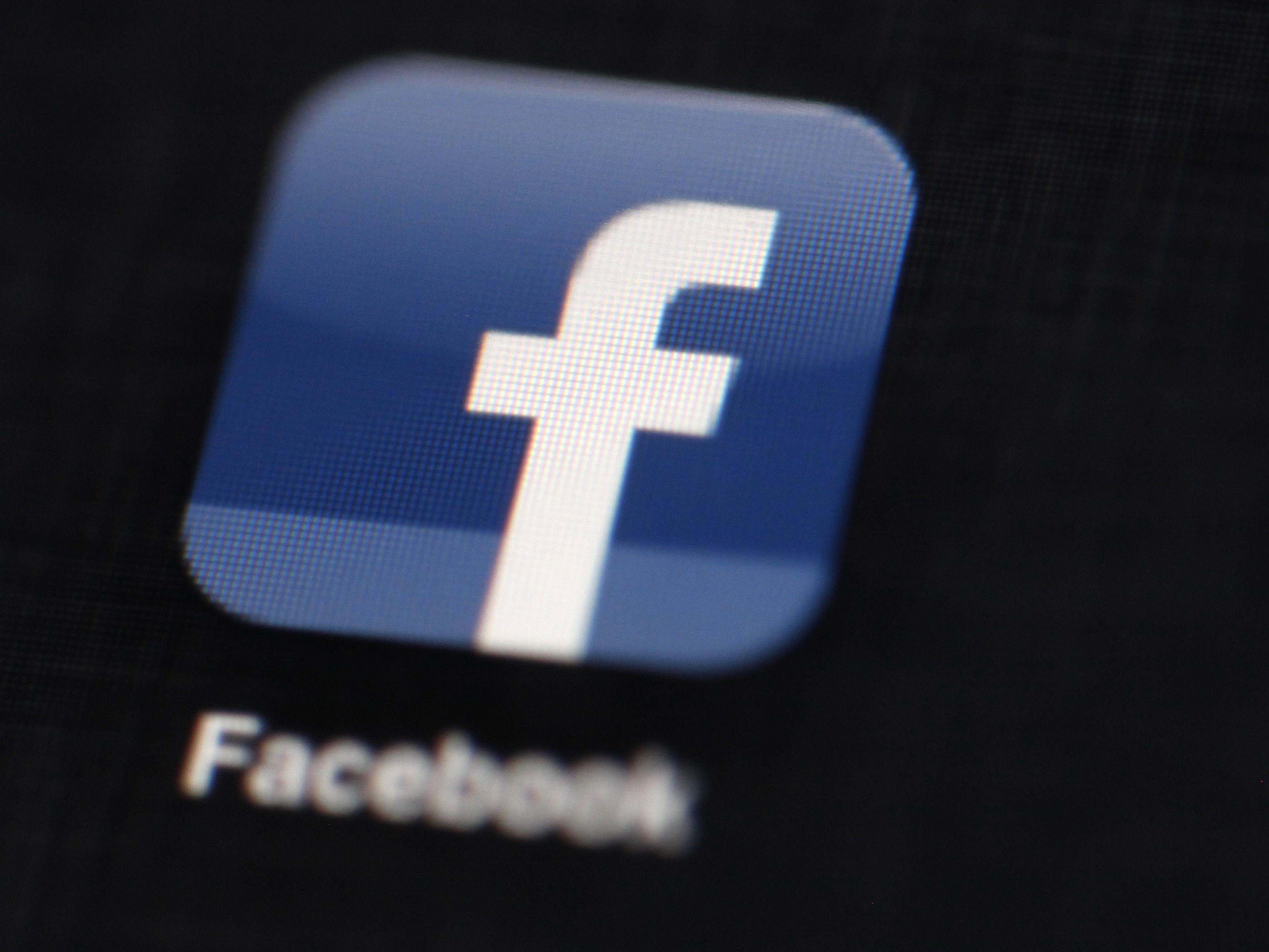 Technische Panne bei Facebook - die Aktie sinkt weiter.