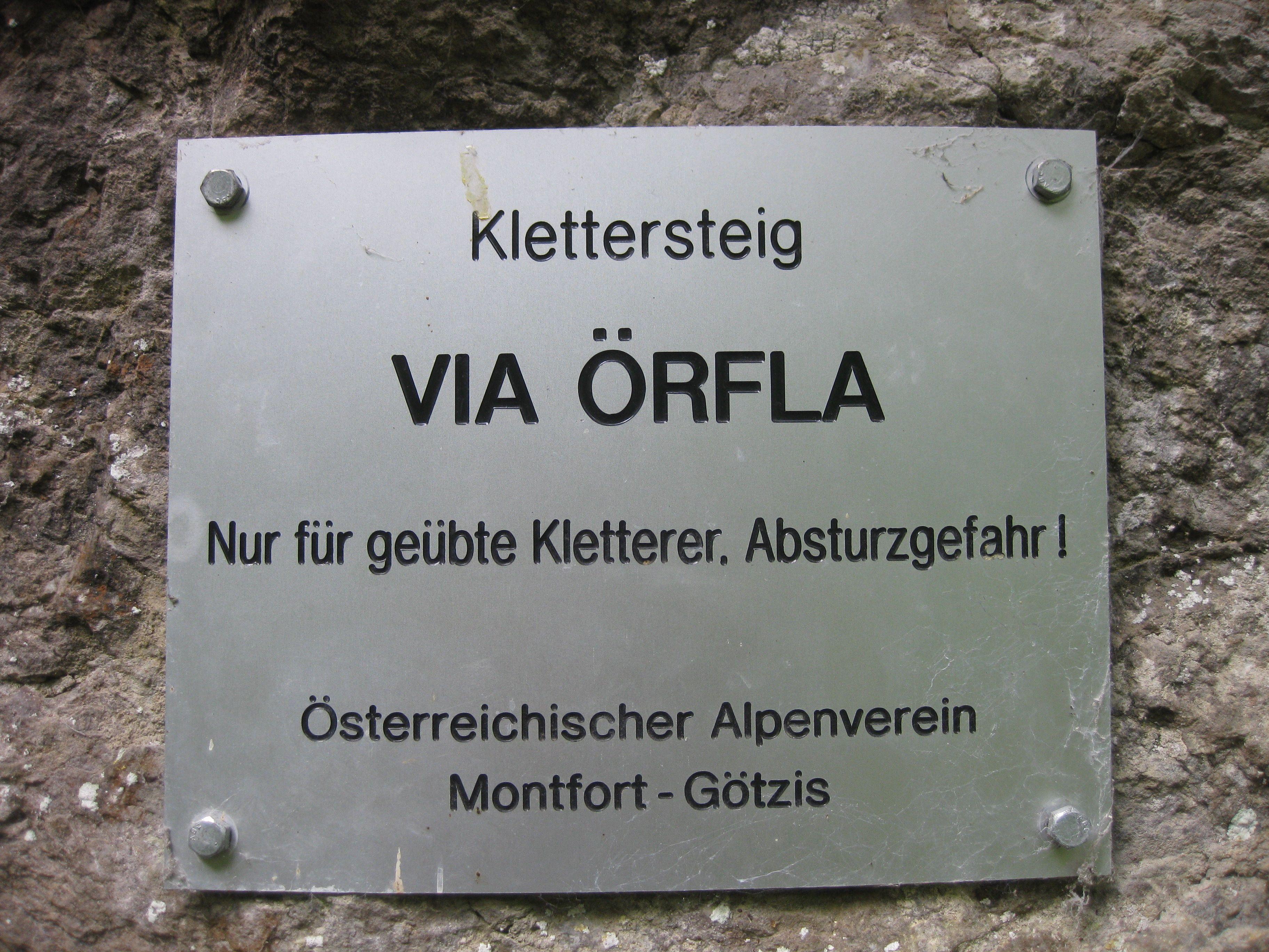 Der Steig in der Örflaschlucht in Götzis wurde wegen Sanierungsarbeiten gesperrt