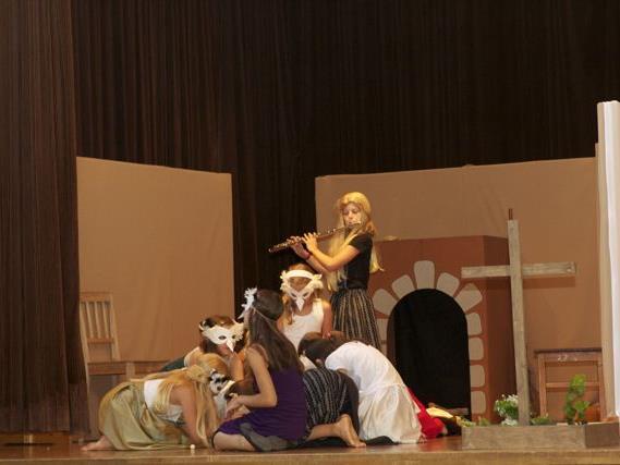 Die Kinder wurden von Andrea Meyer und Theatercoach Andreas Neusser perfekt vorbereitet.