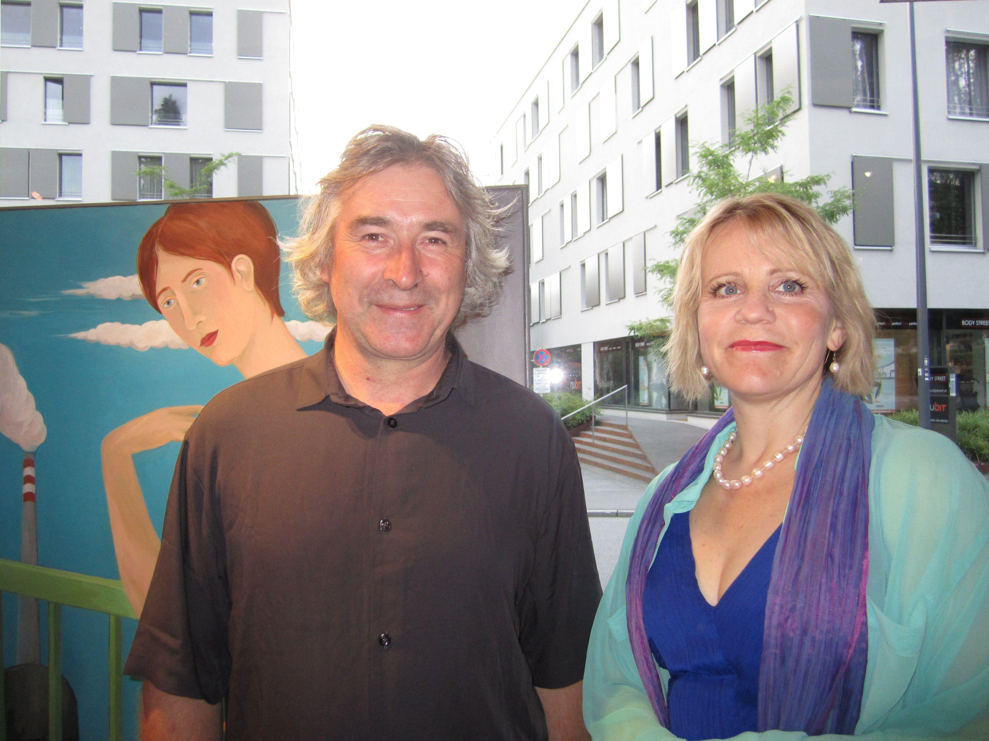 Künstlerin Brigitte Trieb mit Giovanni Rindler schafft mit ihren Arbeiten eine eigene Bildwelt