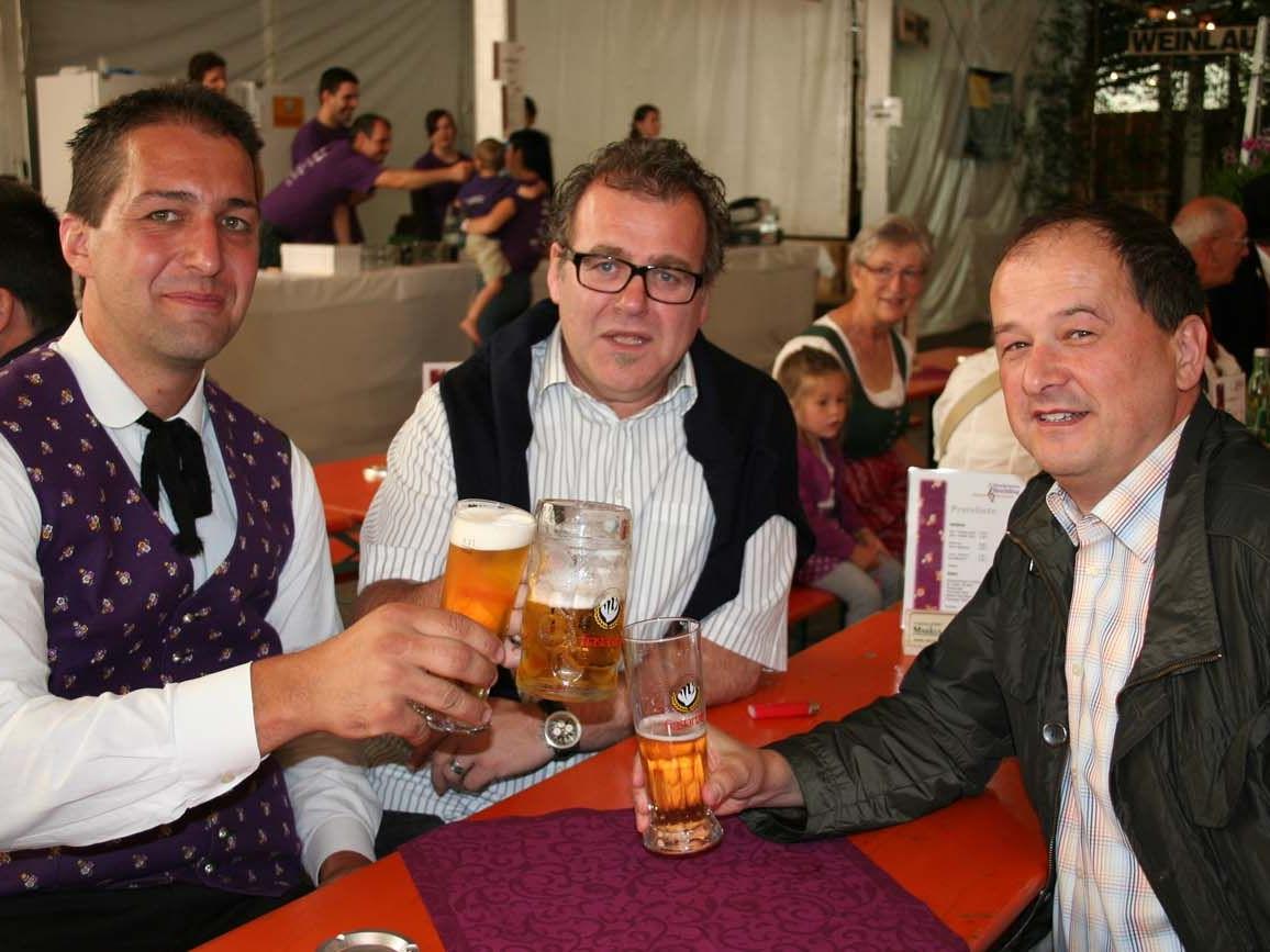 Obmann Andreas Scherer mit den Gemeinderäten Hannes Hackl und Johannes Maier.