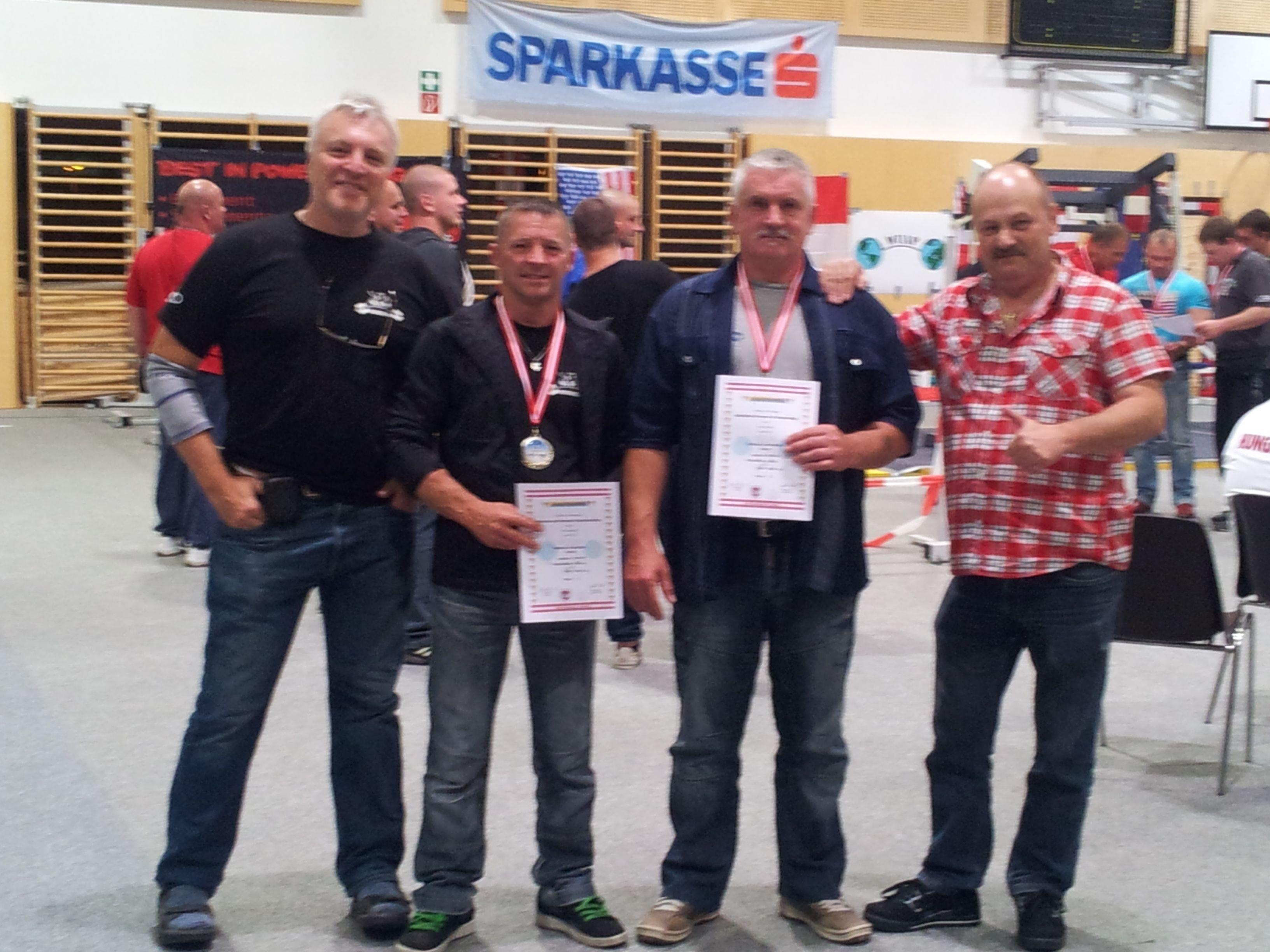Europameister Rampler, Vizeeuropameiser Lamprecht mit Betreuern