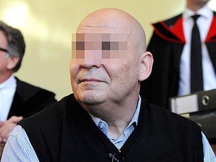 Der 60-Jährige muss sein Urteil antreten: Lebenslang.