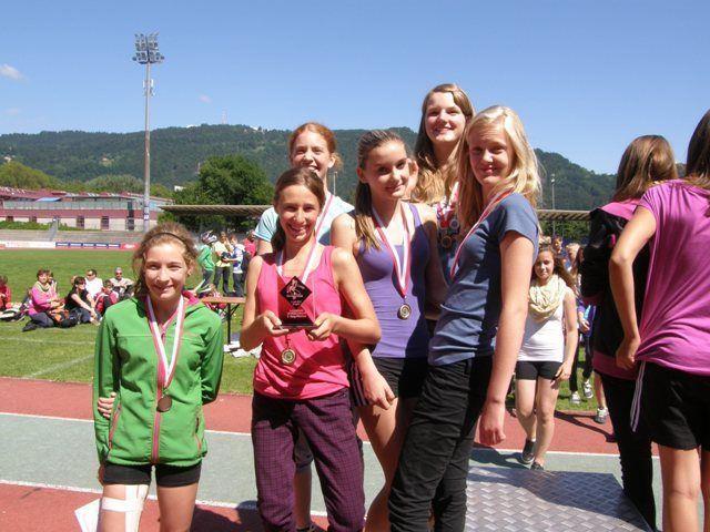 Die drittplazierten Mädchen des BG Feldkirch.