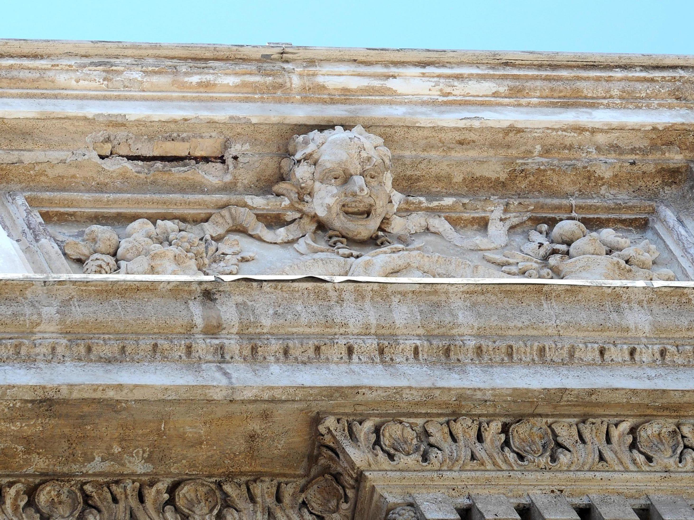 Der Appell des römischen Bürgermeisters für Rettung des barocken Meisterwerks wurde erhört.