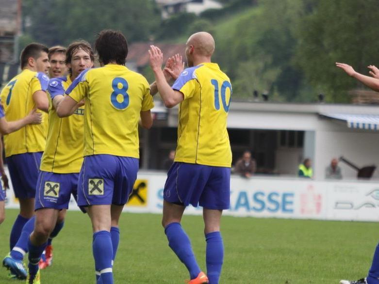 FC Wolfurt will über den Cupsieg jubeln.