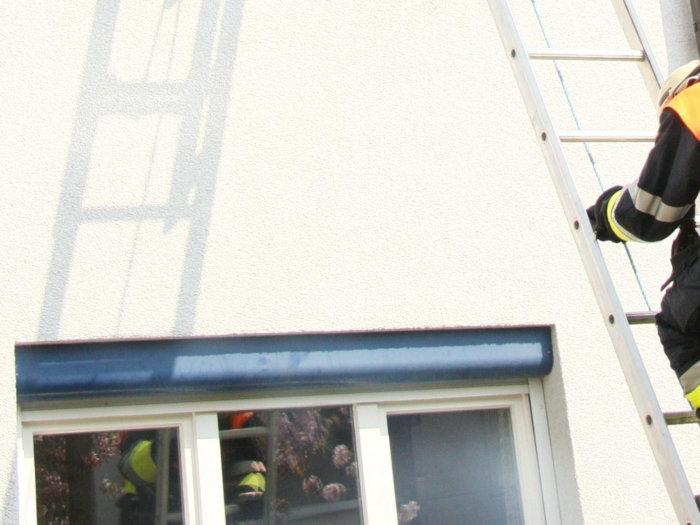 Feuerwehr befreite 75-Jährige, Symbolbild