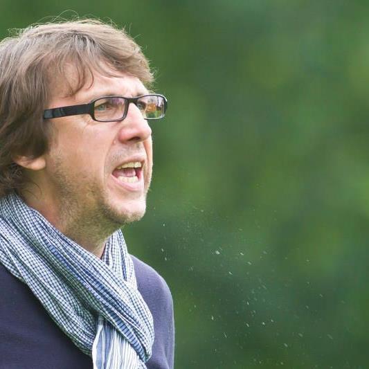 Höchst-Erfolgscoach Dieter Alge kann mit seiner Mannschaft noch den Meistertitel fixieren.