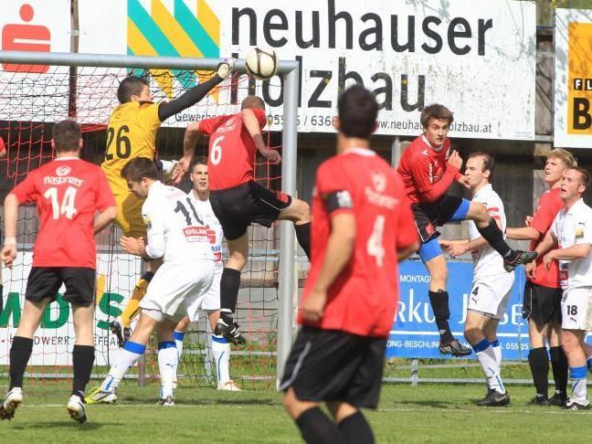 FC Nenzing braucht im letzten Saisonspiel gegen Andelsbuch noch einen Punkt.