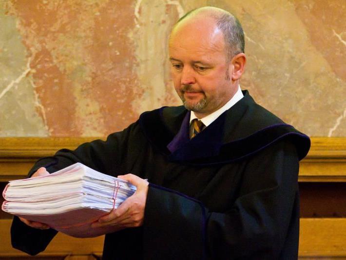 Der Fälscherprozess mit Richter Posch geht in die letzte Runde.