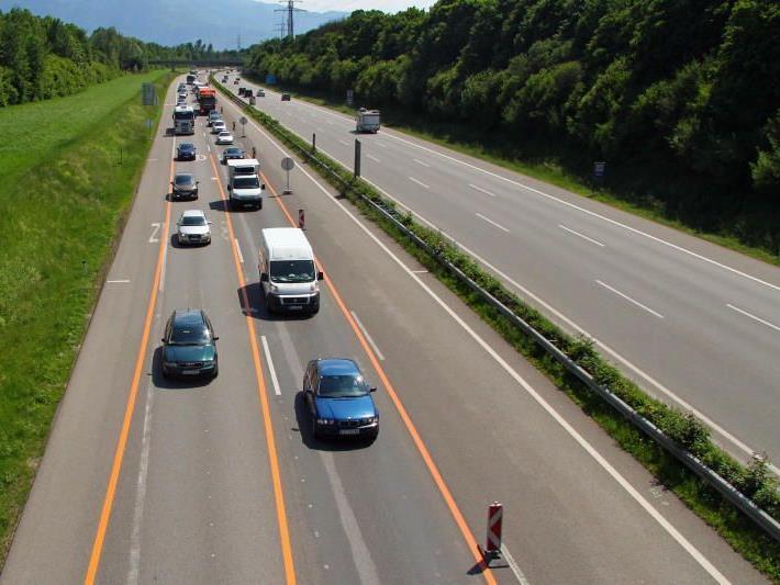 Verkehrsüberlastung auf der A14