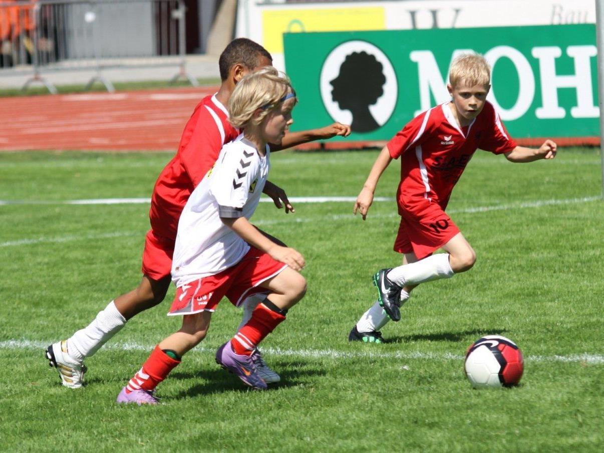 Zum Saisonabschluss im Nachwuchsfußball gibt es einen Finaltag und Kinderturniere.