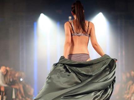 Late-Night-Shopping, Mode-Awards und Stargäste machten die Vienna Fashion Night zu einem Erlebnis.