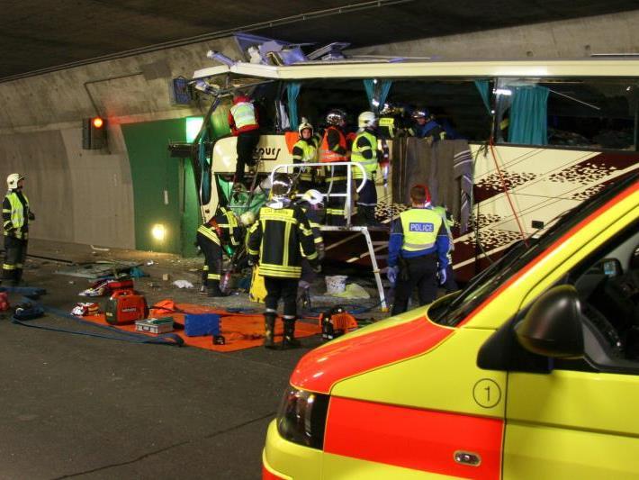 Tragisches Busunglück im Wallis im März diesen Jahres kostete 28 Menschen das Leben