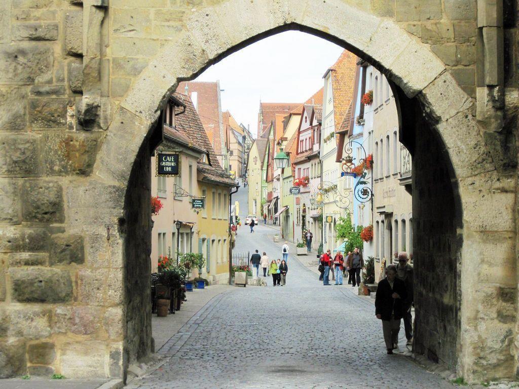 Rothenburg ob der Tauber in Bayern gilt als die mittelalterlichste Stadt Deutschlands.