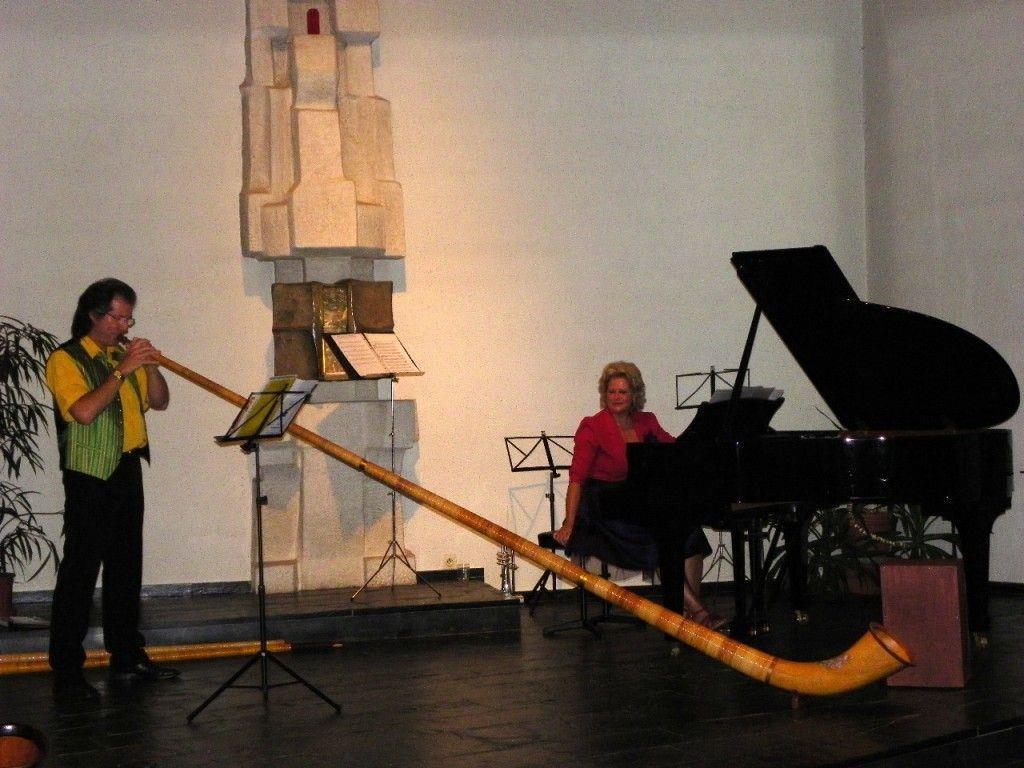 Markus und Theres Linder mit einer Eigenkomposition für Alphorn und Klavier