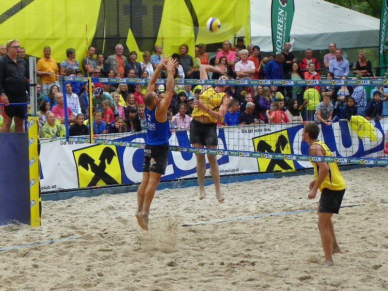 Das beste österreichische Team (Florian Schnetzer/Tobias Koraimann –gelb) erreichte bei den Finalkämpfen Platz 4