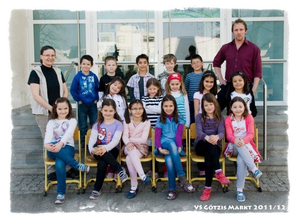 Die jetzige Ganztagesklasse wird weitergeführt in der VS Markt - Karin Reiner & Michael Fattor als Lehrer mit auf dem Bild