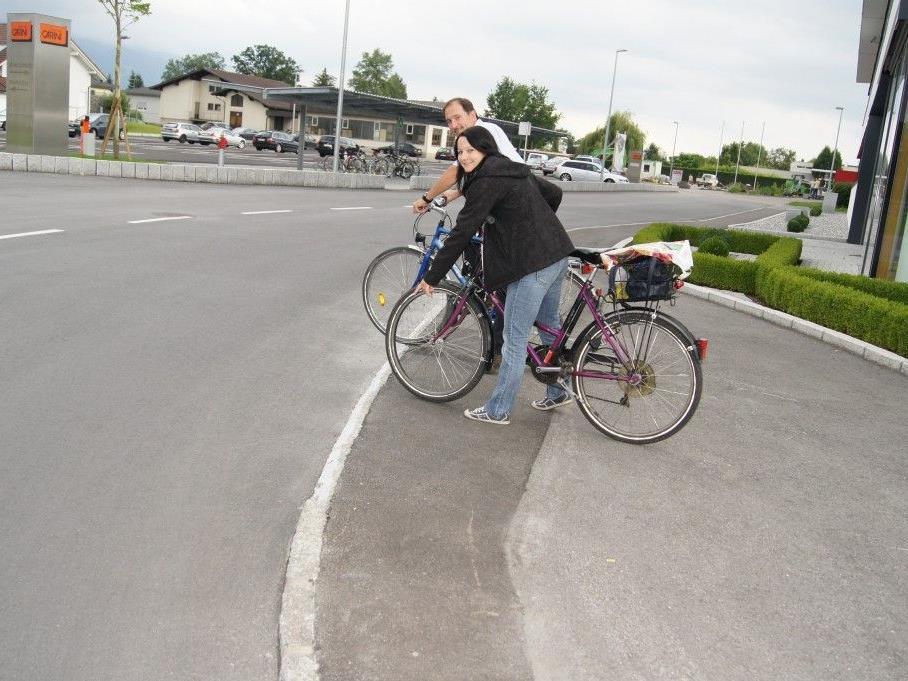 Der Fahrradweg ist nun wieder ohne Gefahr befahrbar.
